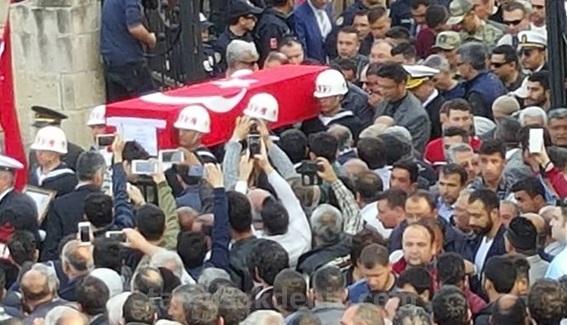 Şehit Yüzbaşı Halil Özdemir'in cenaze töreni (Foto Galeri)