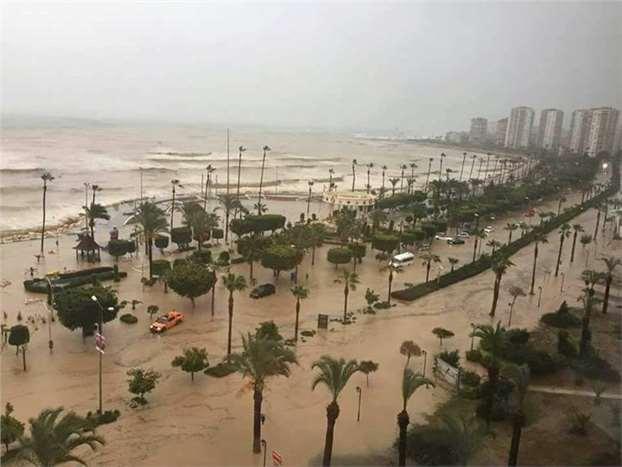 Mersin'de yaşanan sel felaketi (Foto Galeri)