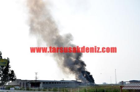 Tarsus'ta fabrika yangını