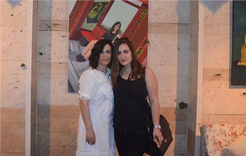 Necla Demir'den mezuniyet sergisi