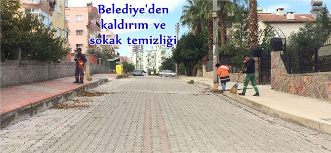 Tarsus Belediyesi'nden kaldırım ve sokak temizliği