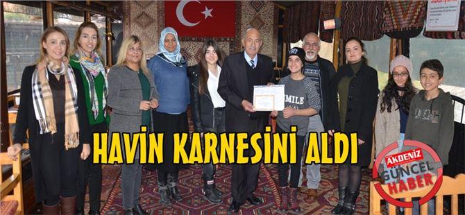 Başkan Ergezer'den Havin Ayşe Baldaz'a karne hediyesi