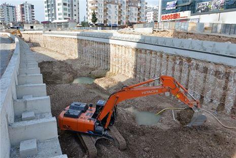 Mersin'de Egemenlik Kavşağı'nın Yüzde 60'ı Tamamlandı