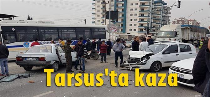 Tarsus'ta D-400 Yeşil Mahalle kavşağında kaza