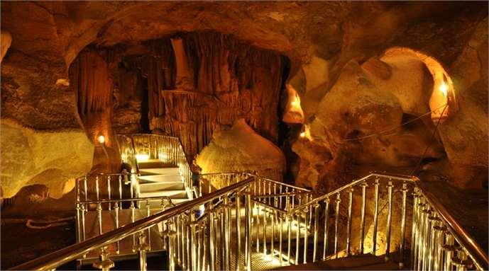 Tarsus Taşkuyu Mağarası'na yoğun ilgi