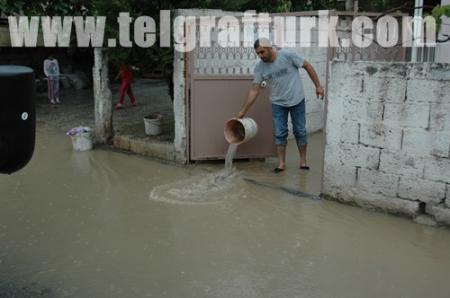 Tarsus'ta şiddetli yağış