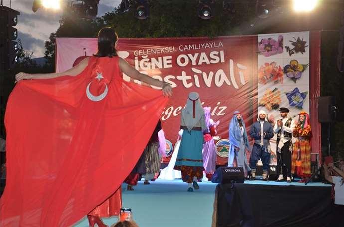 Çamlıyayla 5. İğne Oyası Festivali coşkulu geçti (Foto Galeri)