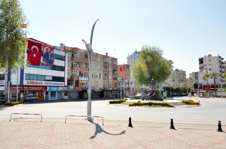 Koronavirüs nedeniyle Tarsus'ta da sokağa çıkma yasağı uygulandı (Foto Galeri)