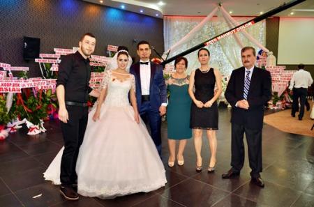 Gizem ve Hakan Bulut Düğün Töreni fotoları