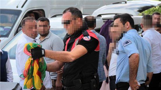 Düğün konvoyunda PKK bayrağı alarmı