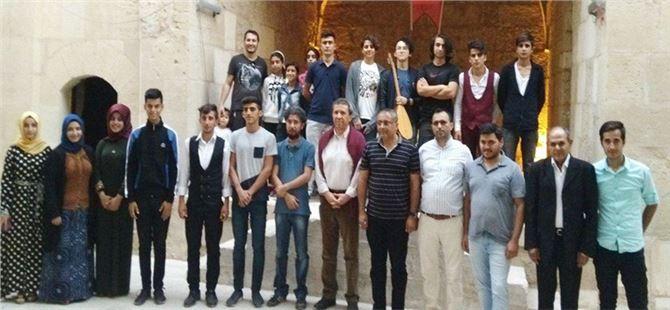 Tarsus'ta Edebiyat Söyleşileri'nde Necip Tosun Rüzgârı Esti