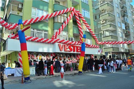 Tarsus 'Un En Büyük Vestel Satış Mağazası Hizmete Açıldı