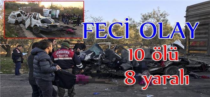 Göçmen taşıyan minibüs kamyonla çarpıştı: 10 ölü, 8 yaralı