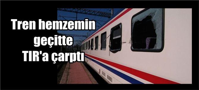 Tarsus'tan giden tren Adana'da hemzemin geçitte TIR'a çarptı