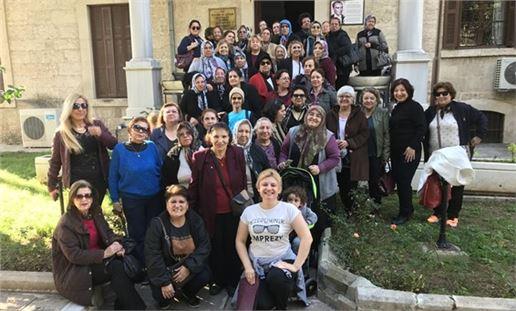 Cumhuriyet Kadınları, Atatürk Evinde