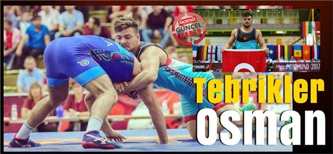 Tarsuslu güreşçi Osman Göçen, Dünya Şampiyonu oldu