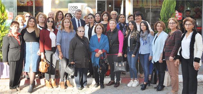 İstemihan Talay, Tarsus'ta Kadın Kollarıyla Buluştu