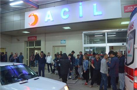 Adana'da feci kaza: 1 ölü, 13 yaralı