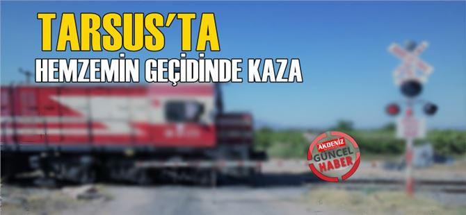 Tarsus'ta tren hemzemin geçitte kamyona çarptı