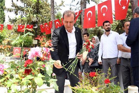 Başkan Seçer Bayram Arefesi Vatandaşla Buluştu