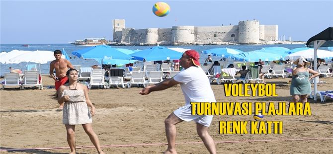 """Plajlar """"Voleybol Turnuvası"""" ile şenlendi"""