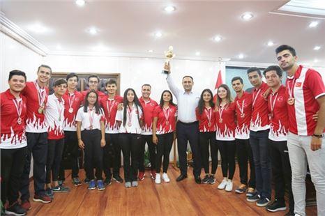 Başkanı Atsız Afşın Yılmaz , Bocce Şampiyonlarını Ağırladı