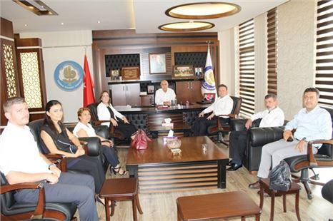 AK Parti Mersin Milletvekili Zeynep Gül Yılmaz'dan Borsa Ziyareti