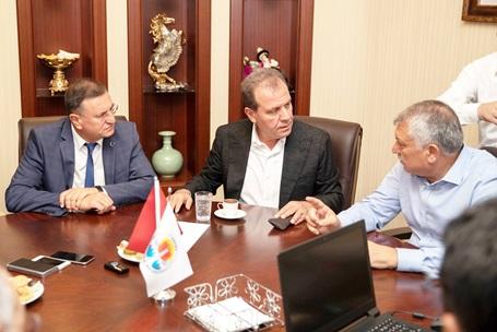 Doğu Akdeniz'in Başkanları Güçlerini Birleştiriyor