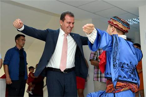 Down Sendromlu Batuhan'ın Başkan Seçer Sevinci