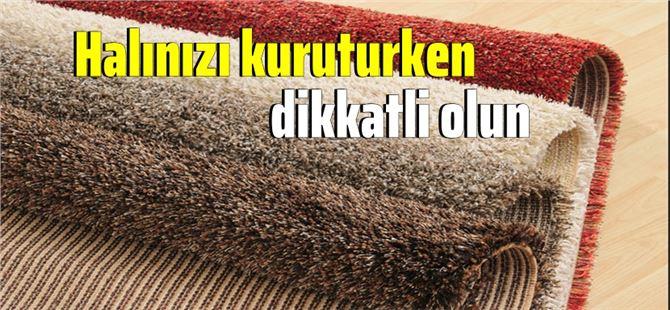 Tarsus'ta yıkanan ve kuruması için duvara serilen halılar çalındı