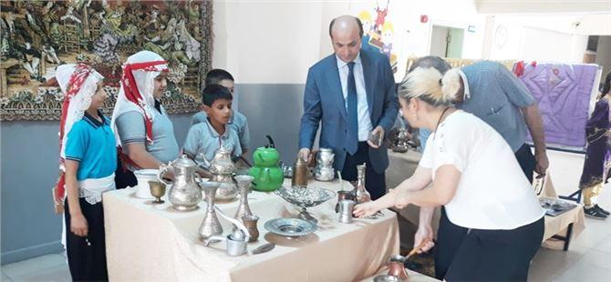 Tarsus İlkokulu'nda anlamlı sergi