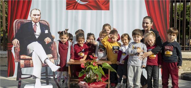 Minikler, Atatürk ile hatıra fotoğrafı çektirdi