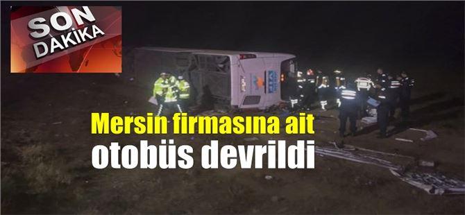 Aksaray'da yolcu otobüsü devrildi; ölü ve yaralılar var