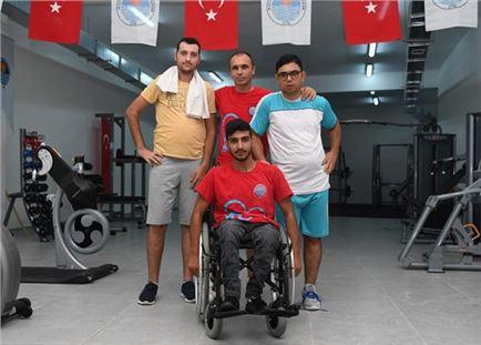 Engelli bireyler spor ile sosyalleşiyor