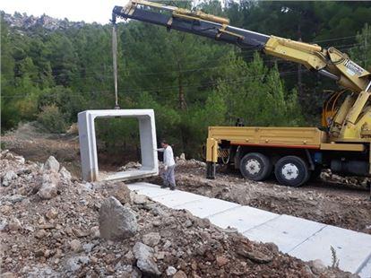 Mersin Büyükşehir'den Silifke ve Gülnar'da onarım çalışması