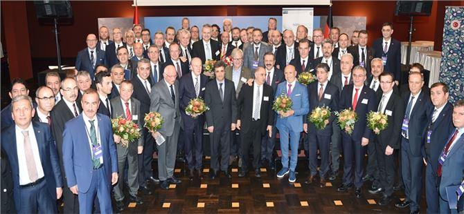 Koçak, Türk-Alman Ticaret ve Sanayi Odası'nın Genel Kurulu'na katıldı