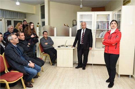Tarsus Fotoğraf Derneği'nde Özgecan Anısına Sunum Gerçekleştirildi