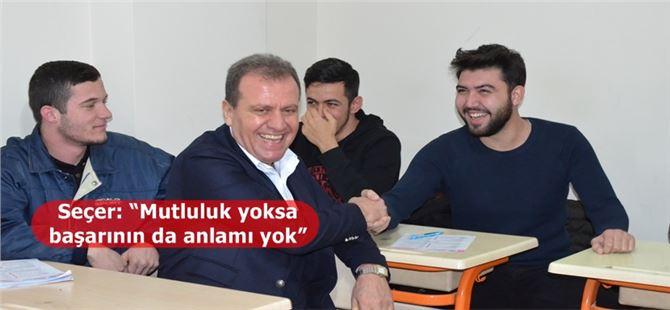 Başkan Seçer, Tarsus'ta kurs merkezi öğrencileriyle bir araya geldi