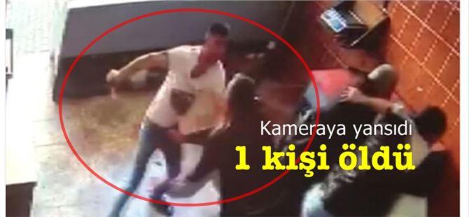 Bir kişinin bıçaklanarak öldürüldüğü kavga kameraya yansıdı