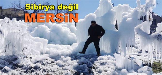 Mersin'de sular dondu, buzul manzarası oluştu