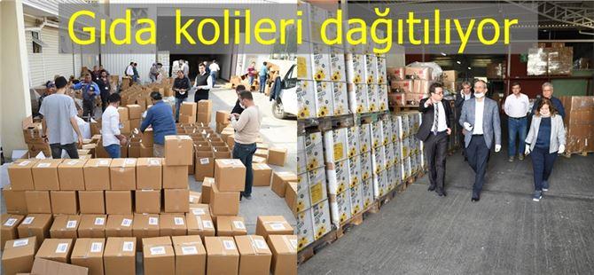 Tarsus'ta gıda kolileri dağıtılmaya başlandı