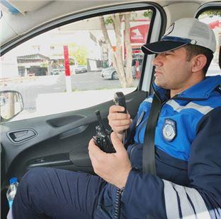 """Büyükşehir trafik zabıta ekipleri: """"evde kal mersin, sağlıkla kal Mersin"""""""