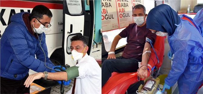 Tarsus Belediyesi Personelinden Kızılay'a Kan Bağışı