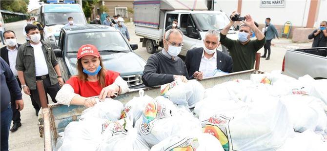 Tarsus'ta çiftçiden alınan ürünler vatandaşlara dağıtılmaya devam ediyor