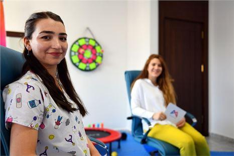 Ergoterapist Melek Gülmez'den evde duyusal gelişimi destekleyici oyunlar