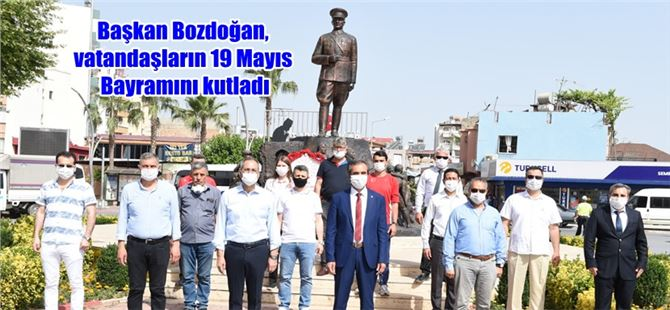 Başkan Bozdoğan, vatandaşların 19 Mayıs Bayramını kutladı
