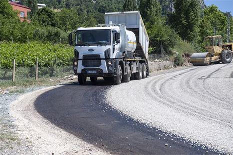 Hacgediği-Kayrakkeşli'nin 4,4 Kilometrelik Yol Sorunu Çözüldü