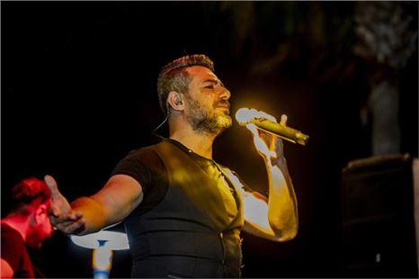 Mersin Büyükşehir'in konserleri kente yayılıyor