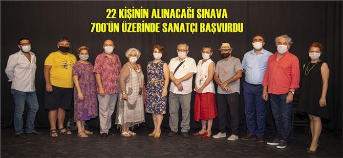 Mersin Büyükşehir'den Tiyatro İçin Örnek Tavır