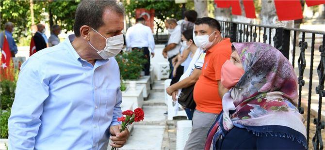 Mersin Büyükşehir Belediye Başkanı Vahap Seçer, Şehitler İçin Kurban Kesti